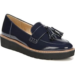 Naturalizer – August Loafer (Women) NAVY / 7